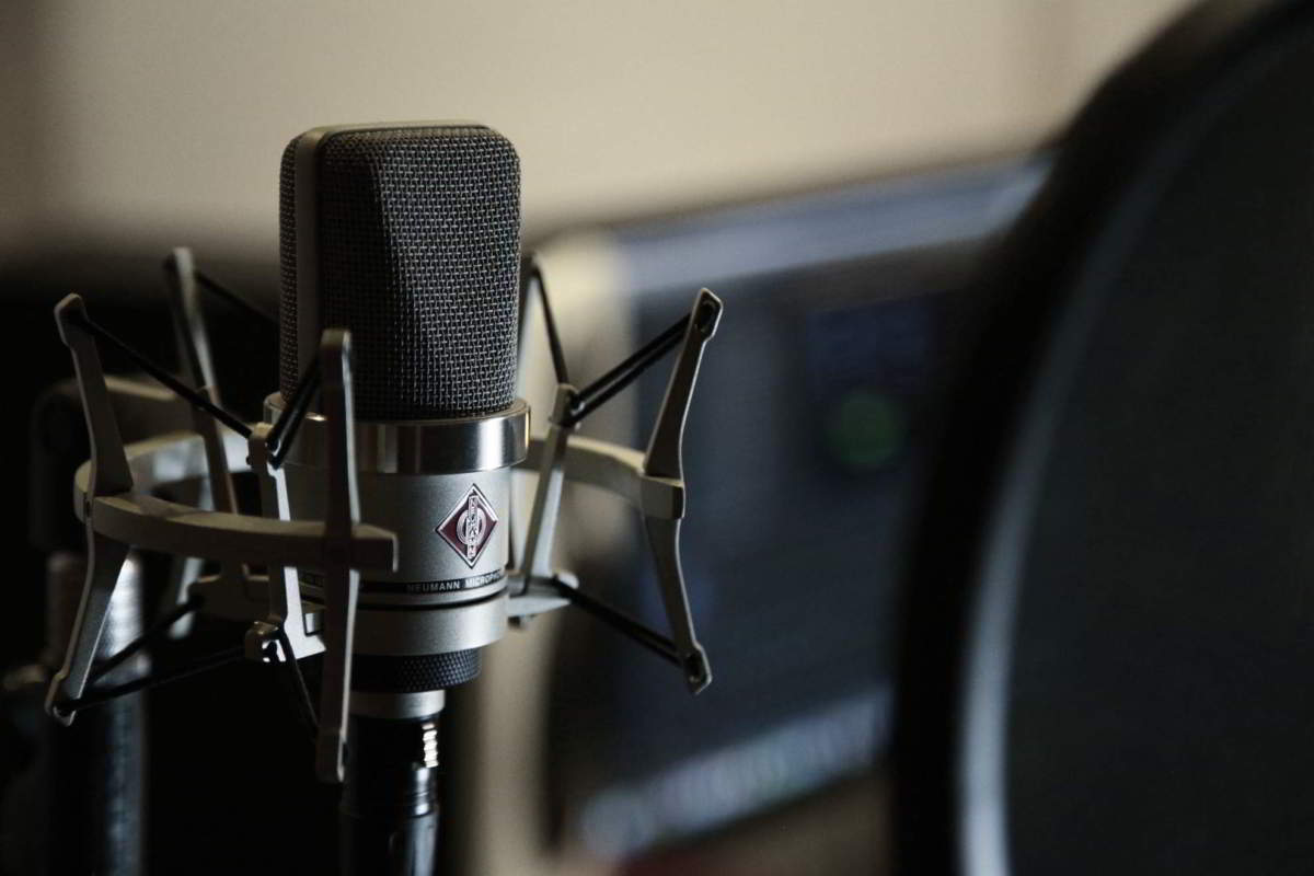 Neumann, uno dei microfoni più usati dagli speaker pubblicitari.