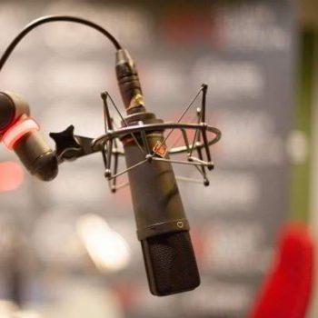 La qualità della registrazione delle voci per spot pubblicitari parte dal microfono professionale.